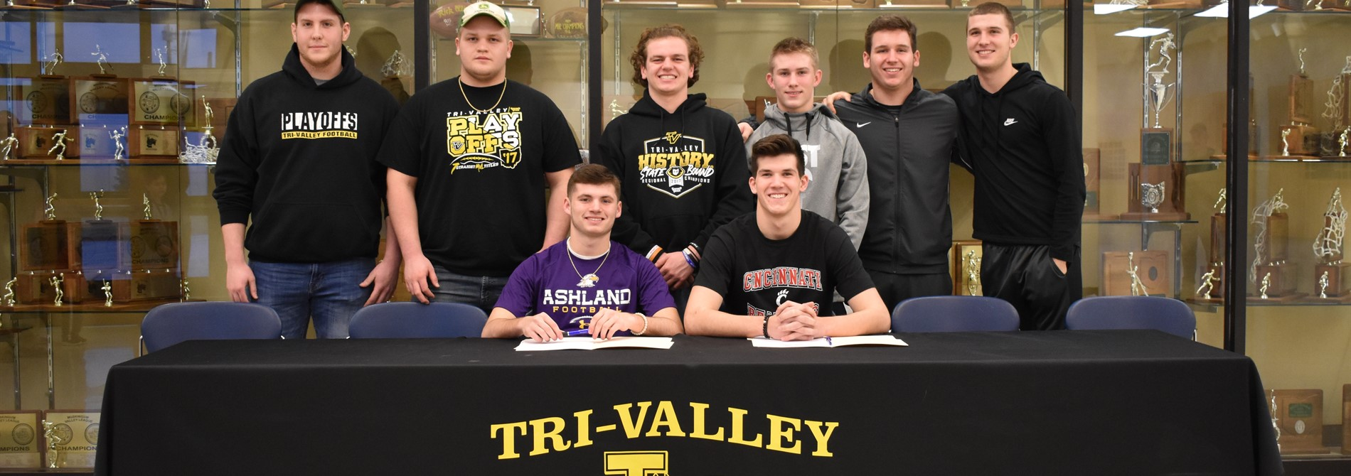 Chase Dinan signs with Ashland University.    .    . Nathan Lawler signs with the University of Cincinnati.